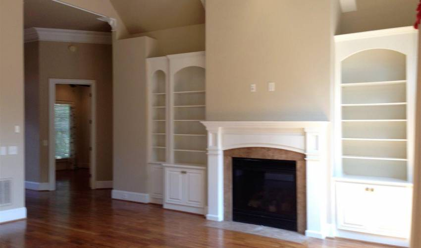 Picture 5 of 105 Chamblee Boulevard