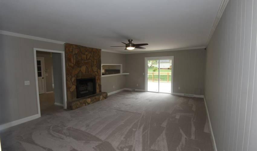 Picture 9 of 107 Leeward Terrace