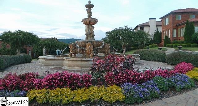 Picture 34 of 309 Arezzo Drive