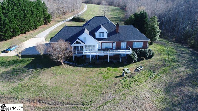 Picture 13 of 130 Beechwood Drive