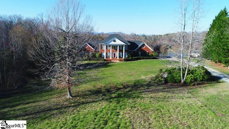 Picture 2 of 130 Beechwood Drive