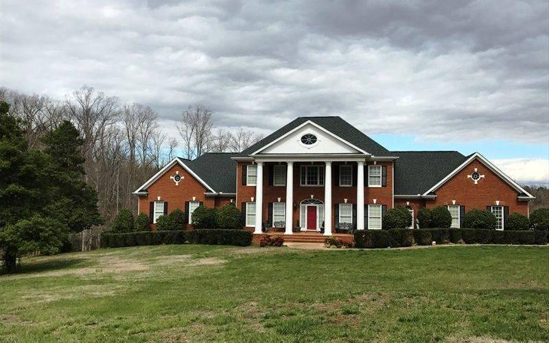 Picture 27 of 130 Beechwood Drive
