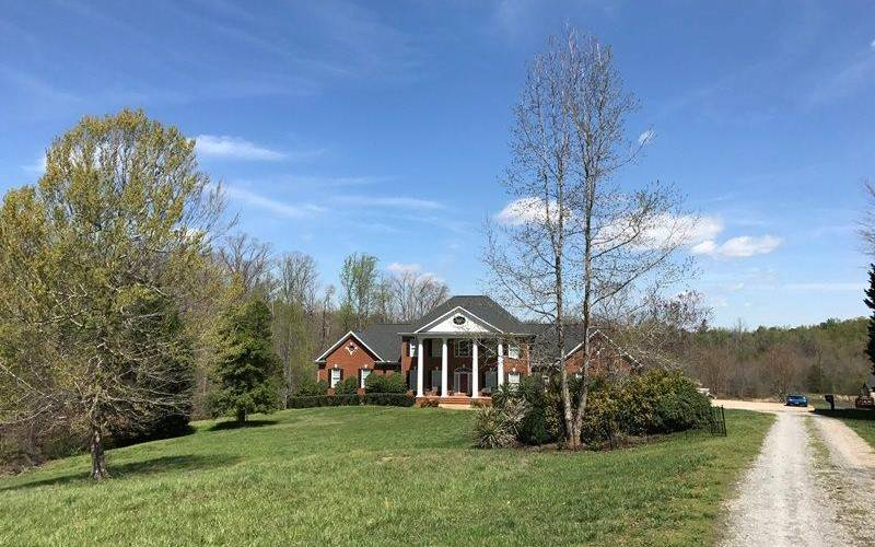 Picture 31 of 130 Beechwood Drive