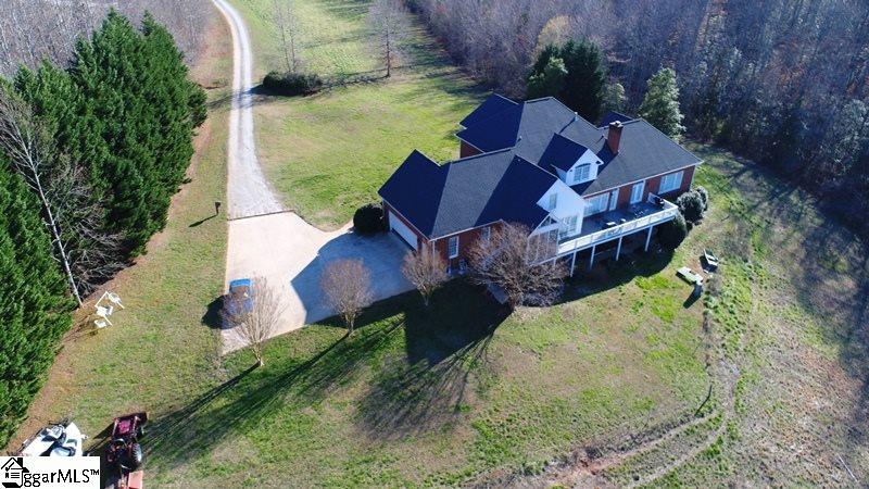 Picture 7 of 130 Beechwood Drive