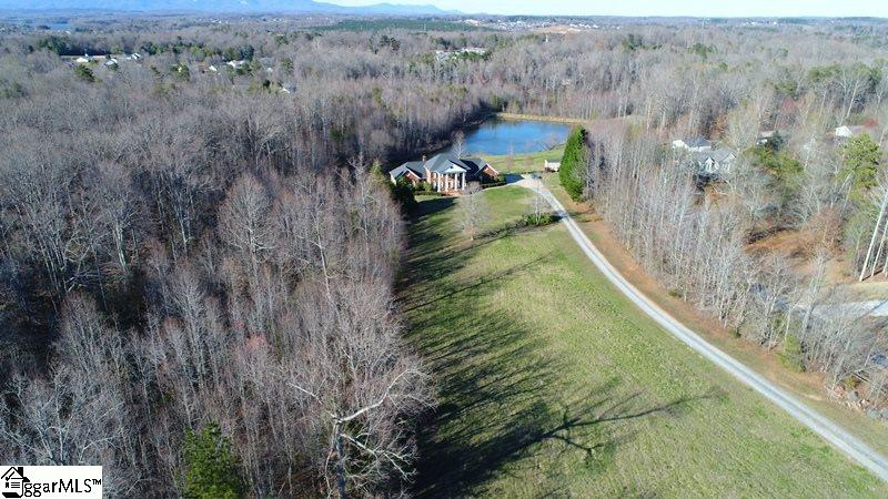 Picture 9 of 130 Beechwood Drive