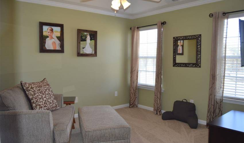 Picture 13 of 112 Birkhall Circle