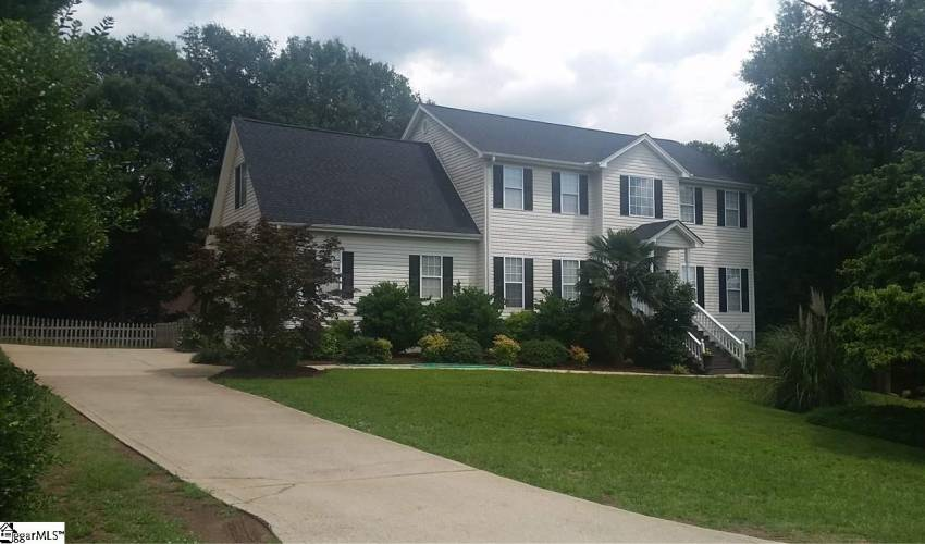 Picture 1 of 808 Knollwood Drive
