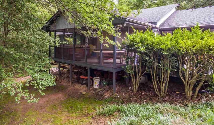 Picture 31 of 113 Oak Meadow Drive