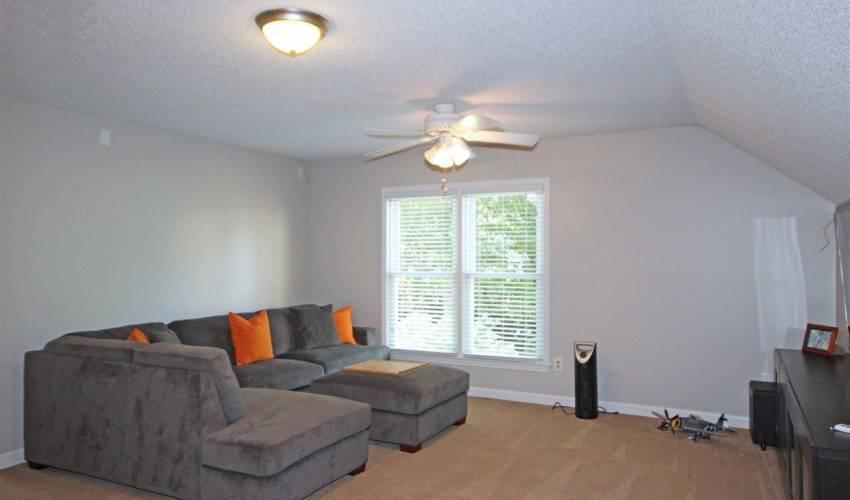 Picture 22 of 1 Hidden Oak Terrace