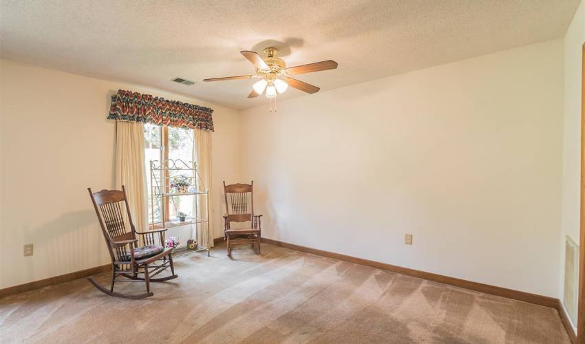 Picture 11 of 327 Skylark Circle