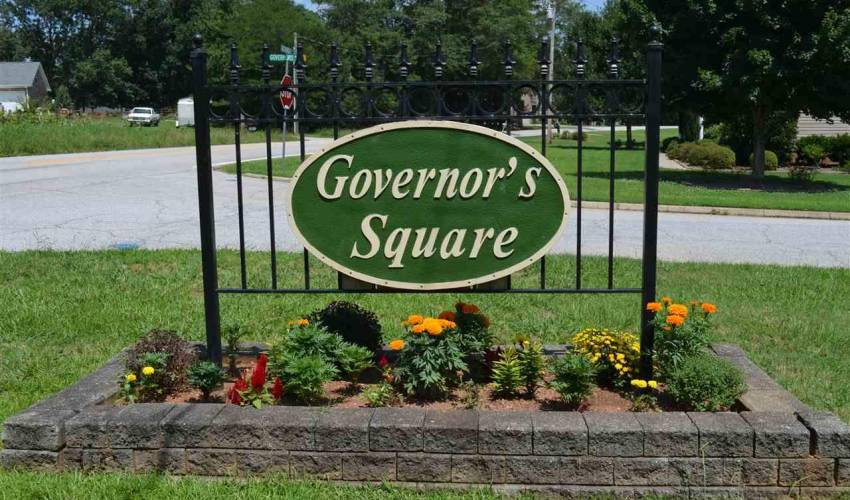 Picture 22 of 100 Governors Square