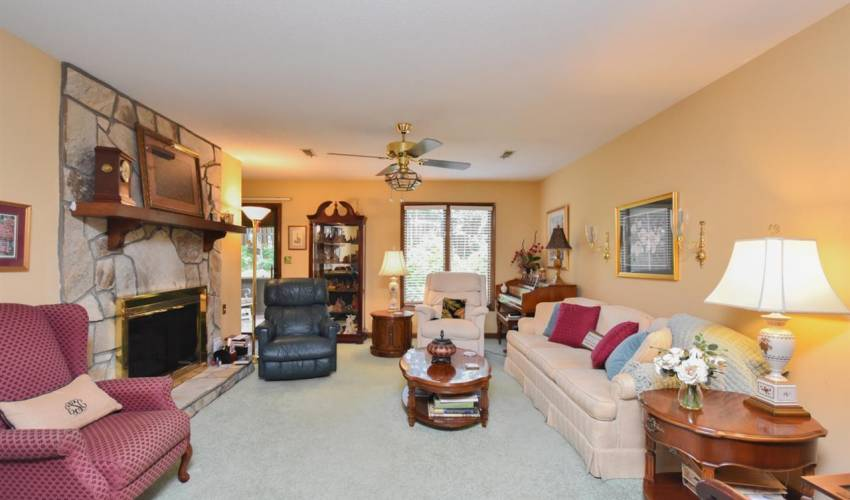 Picture 4 of 625 Tanager Court