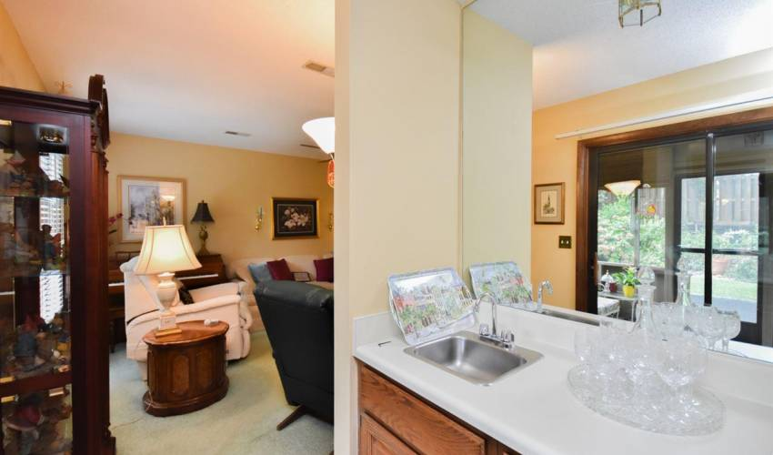 Picture 7 of 625 Tanager Court