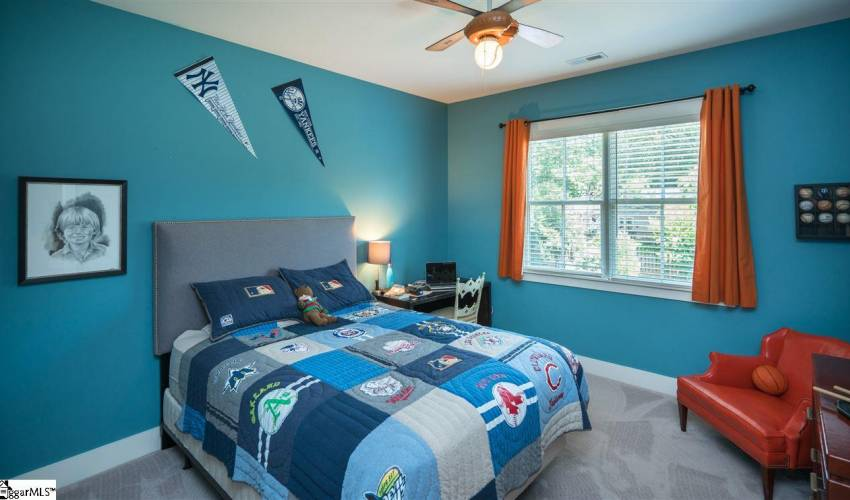 Picture 24 of 127 Seminole Drive
