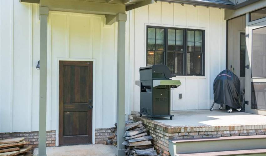 Picture 31 of 127 Seminole Drive