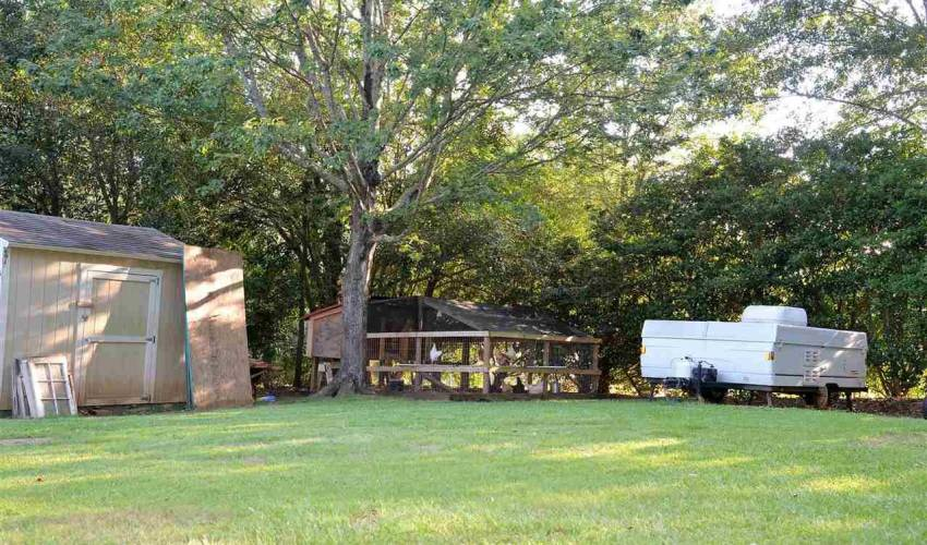 Picture 32 of 3 Vista Drive