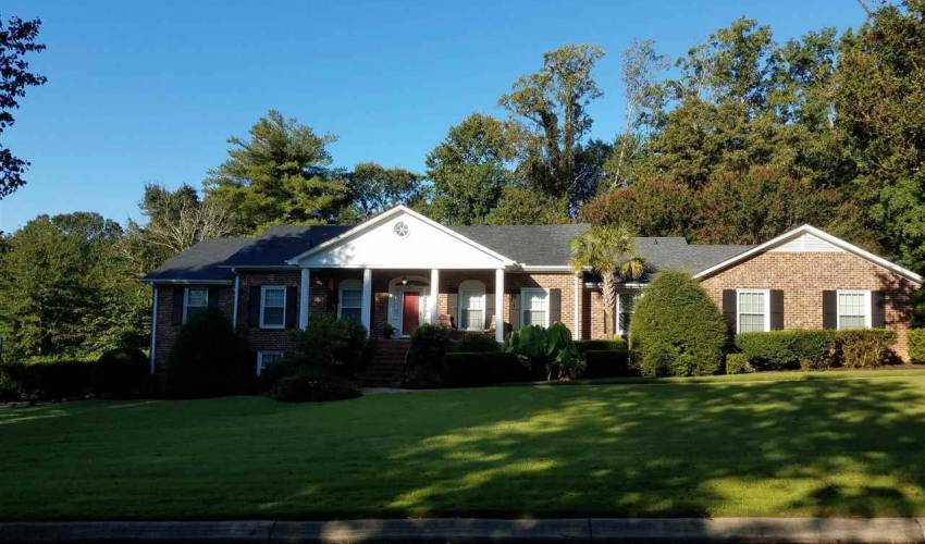 Picture 1 of 302 Foxcroft Road