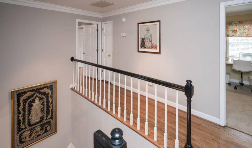 Picture 16 of 317 Scarborough Drive