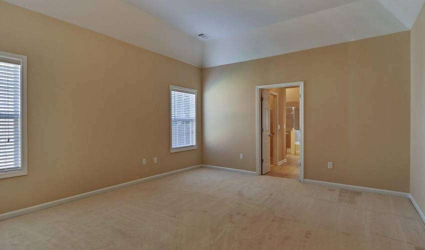 Picture 15 of 5 Springhead Way