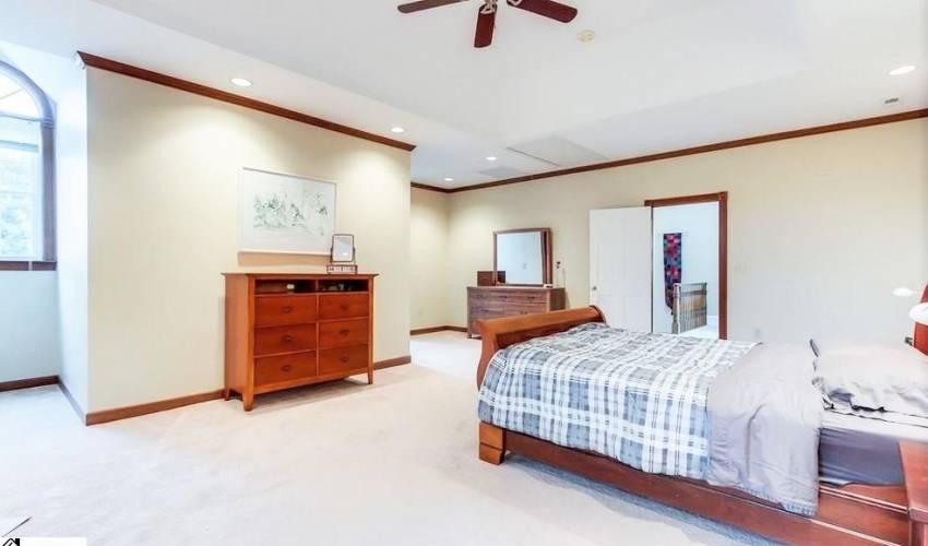 Picture 13 of 6 Weatherby Drive