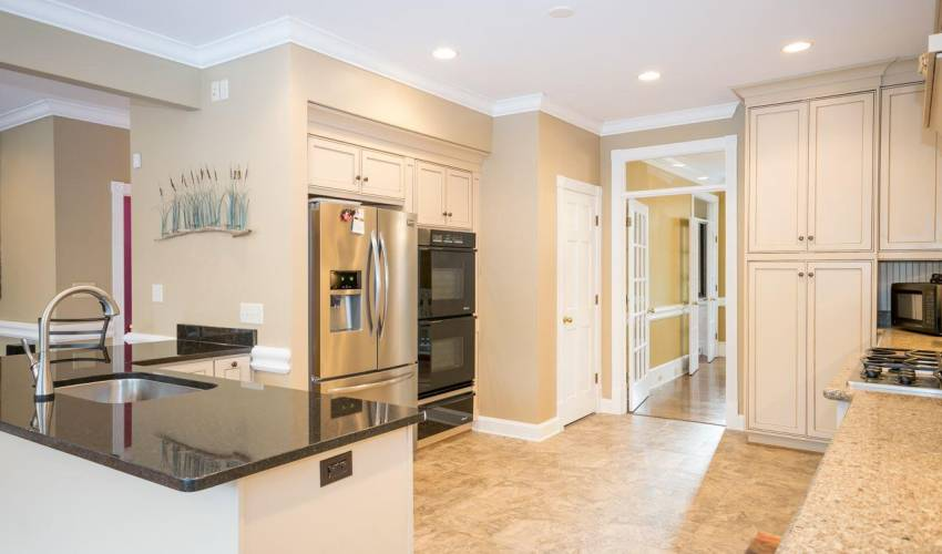 Picture 8 of 6 Weatherby Drive