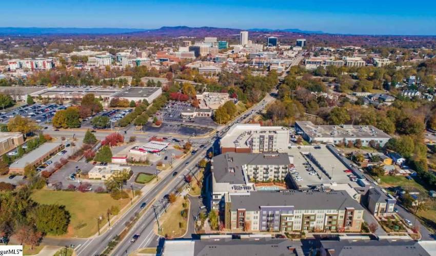 Picture 12 of 502 University Ridge