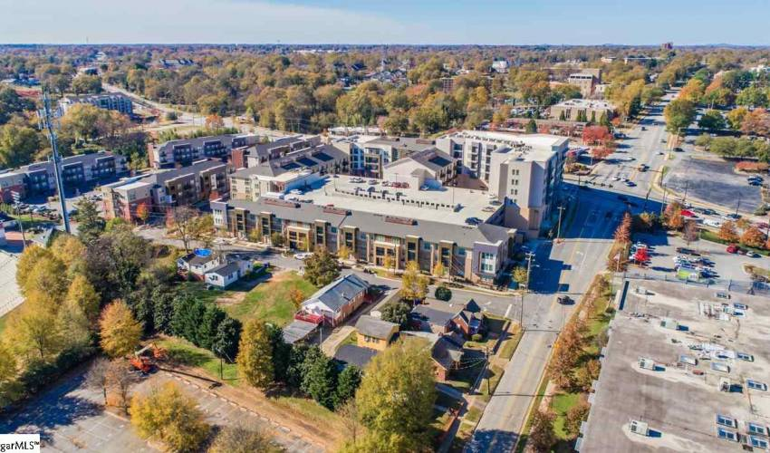Picture 7 of 502 University Ridge