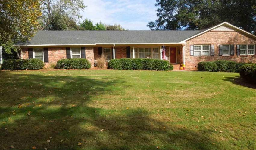 Picture 1 of 205 Honey Horn Drive