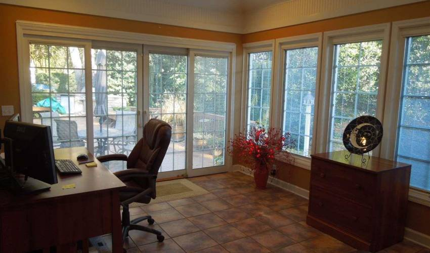 Picture 18 of 205 Honey Horn Drive