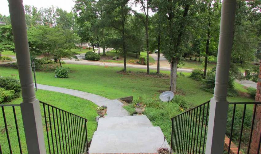 Picture 28 of 120 Moorhaven Drive