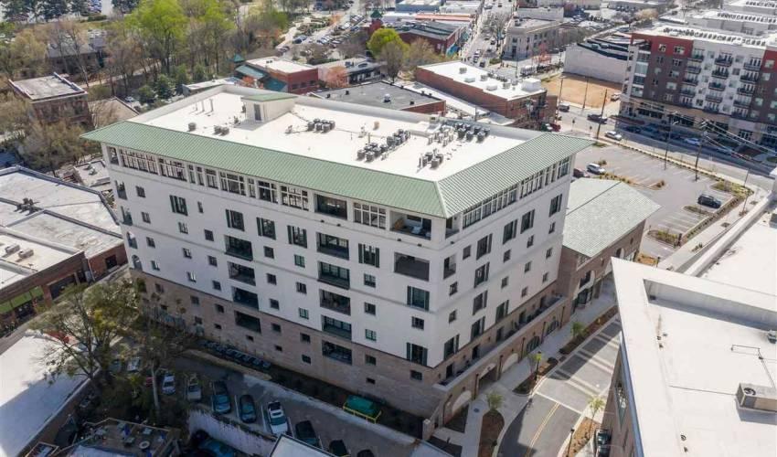 Picture 26 of 121 Rhett Street