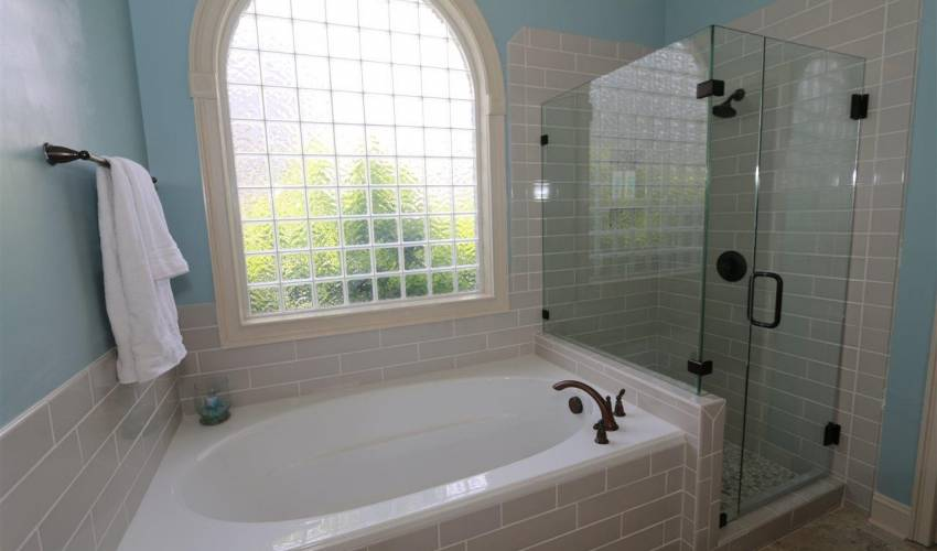 Picture 13 of 5 Thorncliff Court