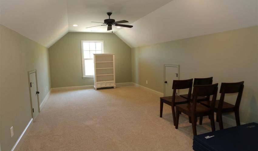 Picture 18 of 5 Thorncliff Court