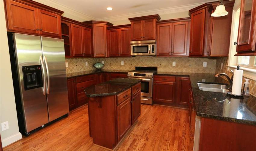 Picture 6 of 5 Thorncliff Court