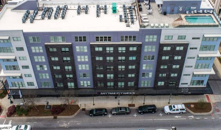 Picture 1 of 100 E Washington Street