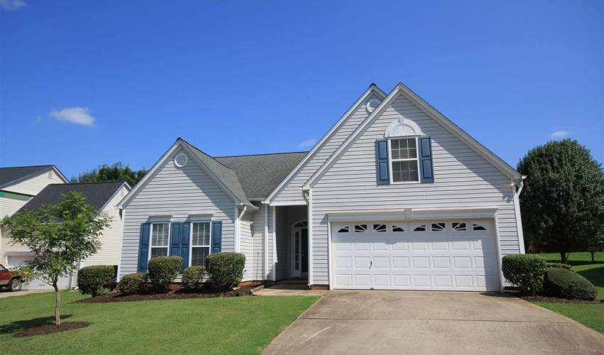 Picture 19 of 122 Lantana Court