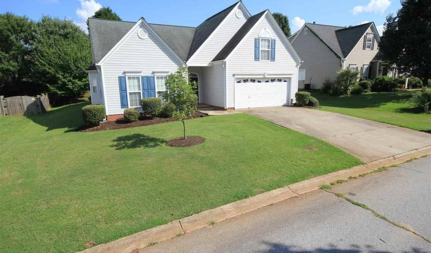 Picture 28 of 122 Lantana Court