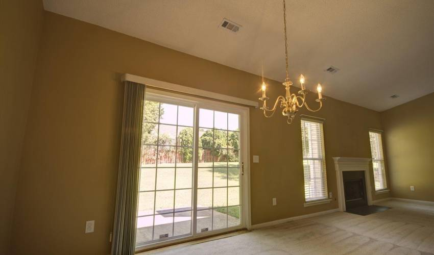 Picture 5 of 122 Lantana Court