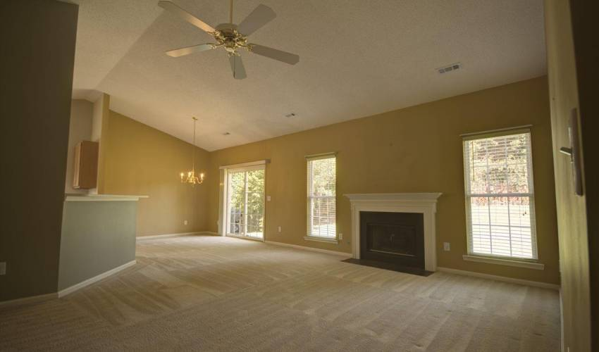 Picture 6 of 122 Lantana Court