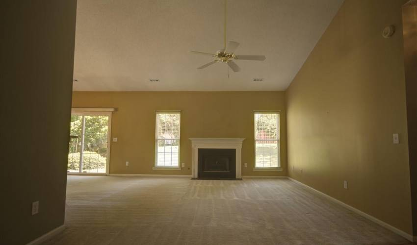 Picture 9 of 122 Lantana Court