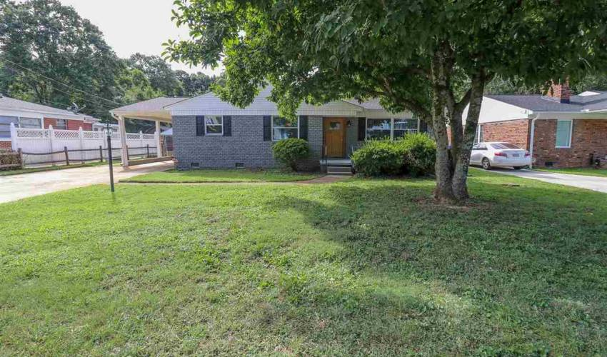 Picture 1 of 209 Willow Springs Drive
