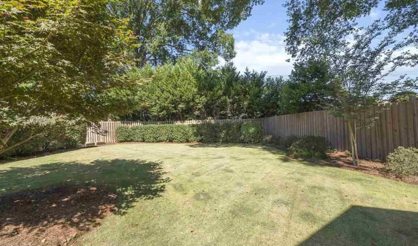 Picture 19 of 405 Longview Terrace