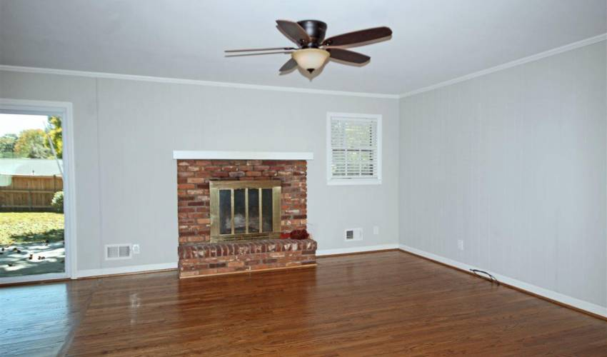 Picture 6 of 108 Linwood Avenue