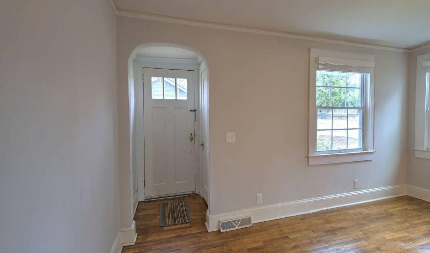 Picture 3 of 112 Whitehall Street