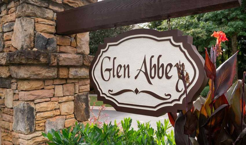 Picture 34 of 106 Glen Abbey Way