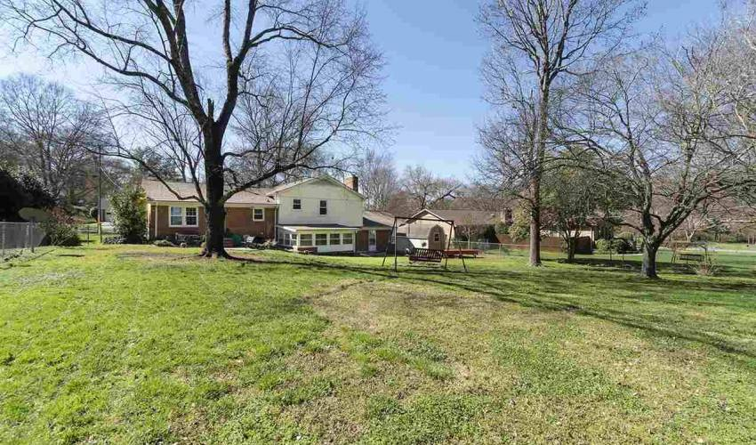 Picture 33 of 112 Abingdon Way