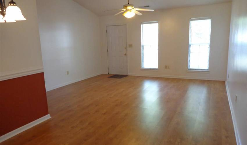Picture 3 of 115 W Long Creek Court