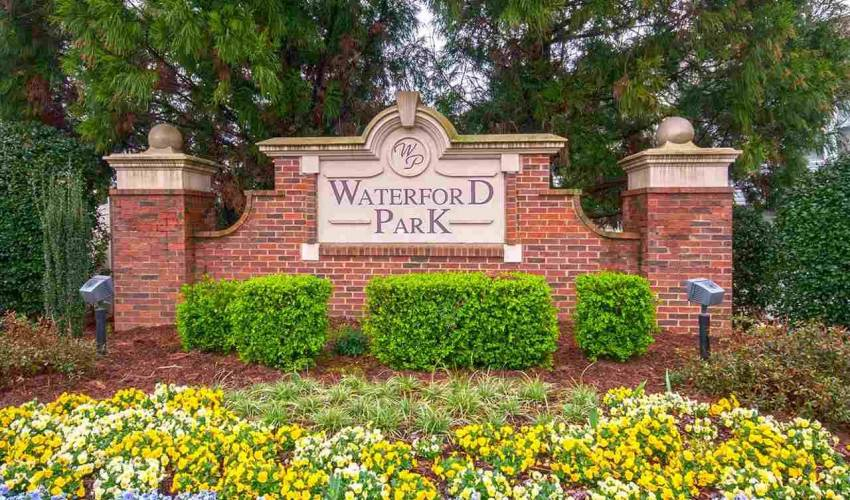 Picture 36 of 128 Waterford Park Drive