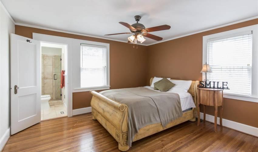 Picture 14 of 420 Longview Terrace