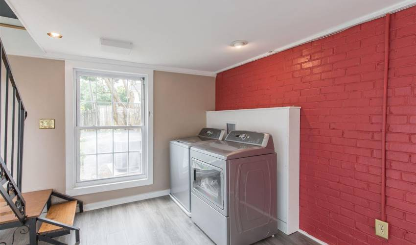 Picture 20 of 420 Longview Terrace